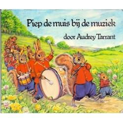 Piep de muis bij de muziek